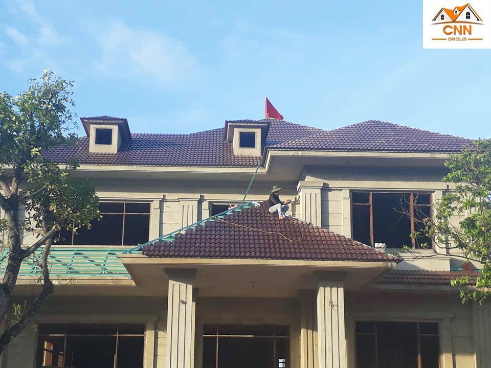 thi cong mái ngói SCG Thái Lan