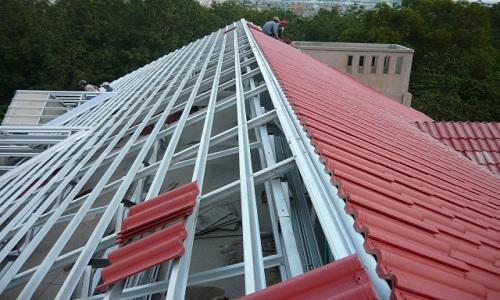 Phương án thi công mái ngói cho nhà mái thái